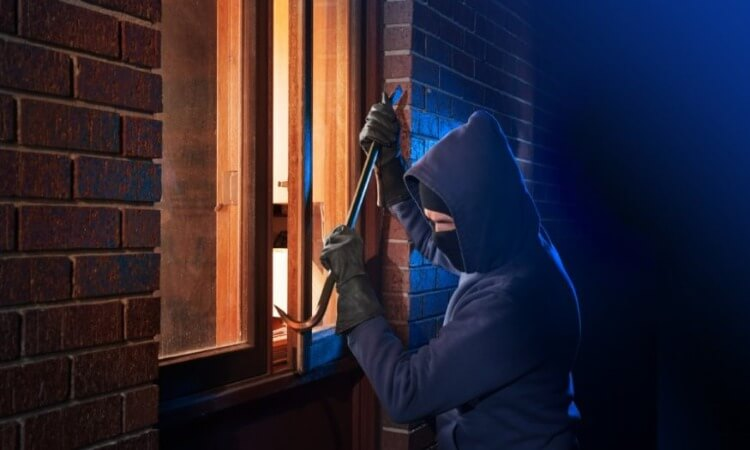How To Protect Your Home From Burglary: A Home Security Guide
