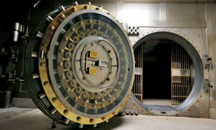 World's 12 Most Ridiculously Secure Safes and Places